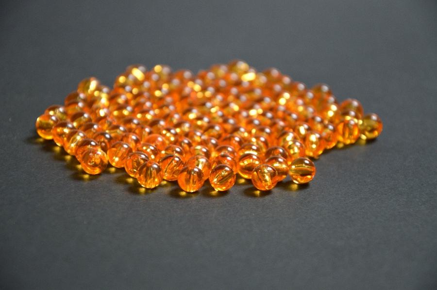 Korálky 8 mm - průhledné, oranžové